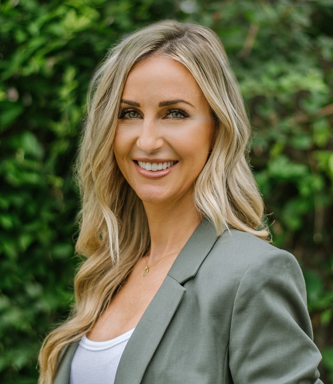 Lindy Wilhite - Agent at The Reyna Group